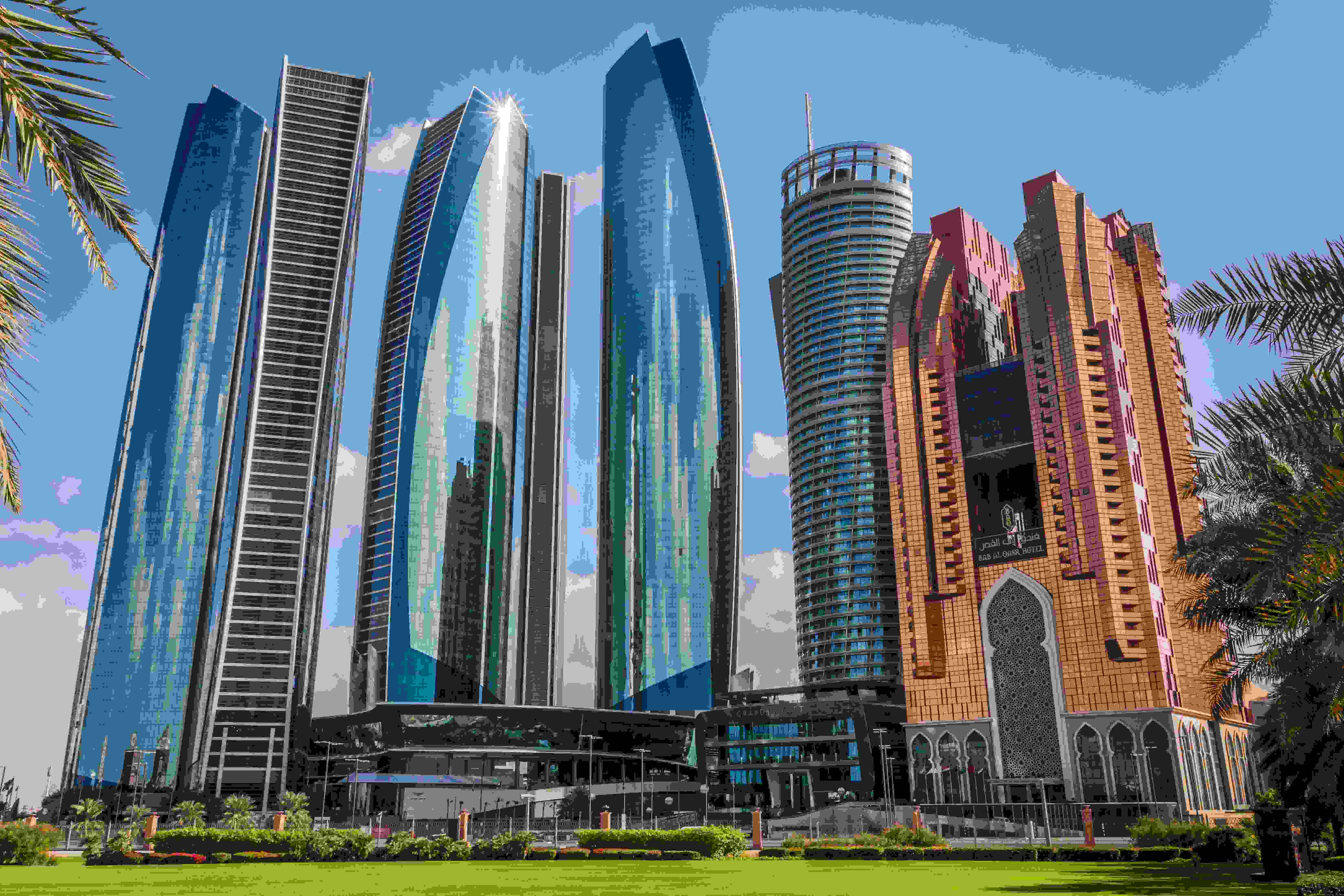 What to do in Abu Dhabi.? 10 things you shouldn't miss out