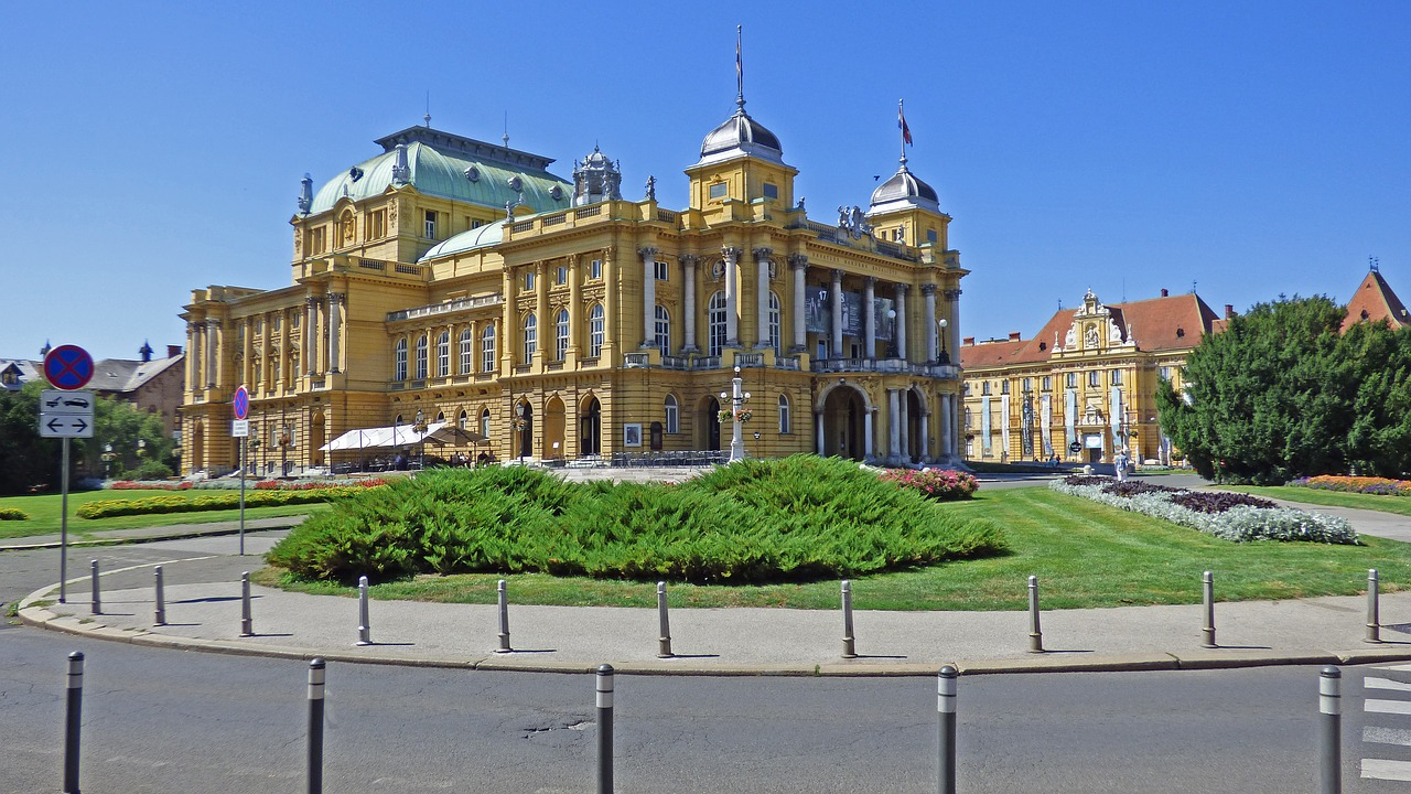 Fascinating 4 Day Trip To Prague, Czech Republic - Travel Fube